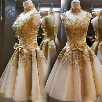Real High Neck Sleeveless Bow Lace Cocktail Dresses Gold Tulle Sheer Illusion Knee Length Homecoming Dress 2017 Short Prom Gowns
