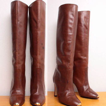 Vintage 1970s Knee High Stiletto Boots in Brown by pineapplemint