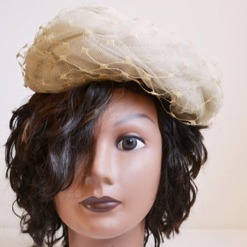 Vintage Hat Beige Hat Velour and Lace Hat 1940s Style Hat Women's Hat Size Small