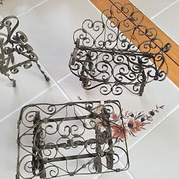 """Antique Metal 3 Pc Set Doll Furniture Couch Table & Chair GREAT SIZE for 8-10"""""""