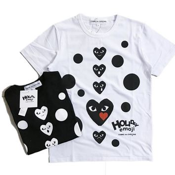 auguau COMME des GAR??ONS Holiday Emoji Dot with Heart T-Shirt