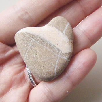 natural heart rock totem genuine sea stone italian beach decor gift love collection gray home decor paperweight supplies  lasoffittadiste
