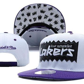 LMF8KY L.A. Lakers Bat 9FIFTY Snapback Cap M&N White