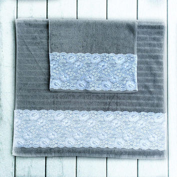 Modern Gray Decorative Towel Set of 2, House warming Gift,  New Apartment Gift, Birthday Gift for Mom Pretty Bathroom Decorations in Gray