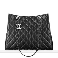 Large shopping bag in velvet... - CHANEL