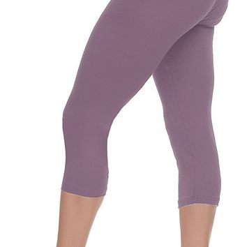 Capri Leggings with High Wast - Solid Colors