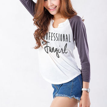 Professional Fangirl Shirt Baseball Tee T Shirts for Women Hipster Tumblr Fashion Trend Top Teens Girls Swag Dope Instagram Blogger Twitter