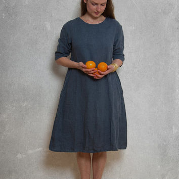 LINEN DRESS with drop shoulder