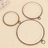 1Pcs Wood Frame Embroidery Hoop Ring Circle Round Loop For CrossStitch Hand DIY Needlecraft Household Art Craft Sewing Tools