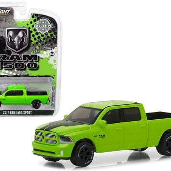 2017 Dodge Ram 1500 Sport Pickup Truck Sublime Green Pearl Coat 1:64