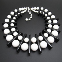 Vintage Bib Necklace Black and White Geometric Choker Mod Jewelry N7767