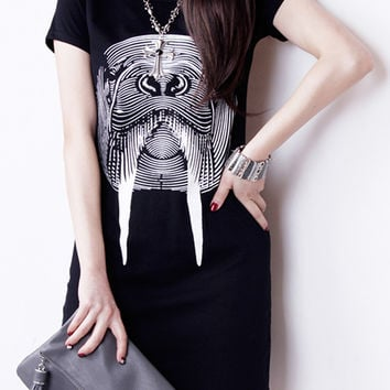 Black Fierce Seal Print Short Sleeve T-shirt Dress