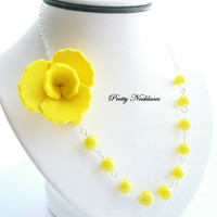 3 BRIDESMAIDS NECKLACES Sunshine Yellow Flower by PrettyNecklaces