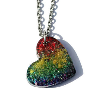 Rainbow Heart Necklace Glitter Heart Pendant Jewelry Holographic Jewelry Glitter Resin Necklaces
