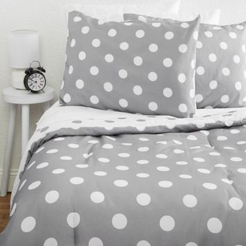 Full/Queen Polka Dot Reversible 7-Piece Comforter Set | Comforter Sets | rue21