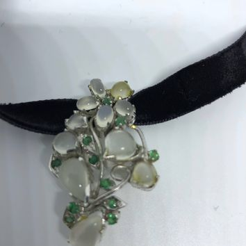 Vintage Handmade White Moonstone and Genuine Emerald 925 Sterling Silver Rhodium Brooch Necklace
