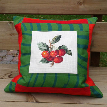 Marimekko Embroidered pillow, Quilted pillow case, Pillow sham, Throw pillow cover, Cushion cover, Decorative pillow, Cross stitch