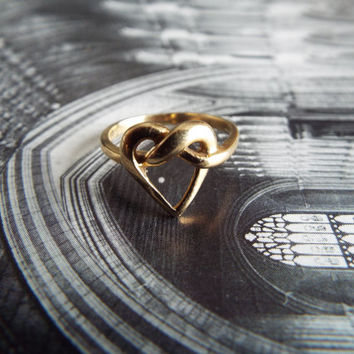 Antique Ring/Art Nouveau Ring/Gold Ring/Heart Ring/Lovers Knot Ring/Wedding Ring/Engagement Ring/Statement Ring/Size 6 1/2/Edwardian Ring