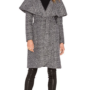 Zac Zac Posen Alisha Open Collar Coat in Moonstone