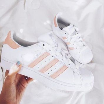 DCCKBE6 Adidas Superstar  white/pink