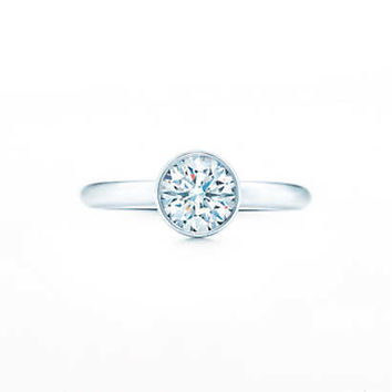 Tiffany Bezet™ Round Engagement Rings | Tiffany & Co.