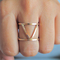 Column Ring Triangle V Double Ring Knuckle Ring Gold Bold Modern Edgy