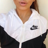 [ Free Shipping ] Summer Fashion Hooded Sweatshirt Thin Zipper Coat Jacket Buff Windbreaker Fitness Gym Casual Exercise Sportswear 7888
