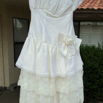 Ivory Lace Sleeveless Ruffle Dress Victorian Wedding Reception Cowgirl Chic Party Dress ILGWU