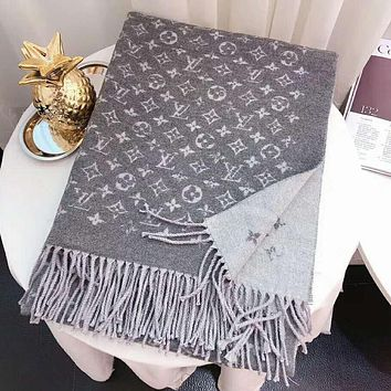 LV Louis Vuitton Fashionable Couple Warm Tassel Cashmere Cape Scarf Scarves Shawl Accessories Grey