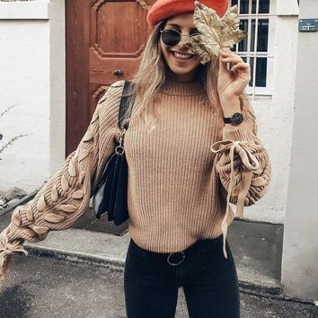 Casual knitted twisted sweater