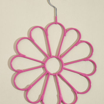 Blooming Utility Scarf Hanger in Magenta