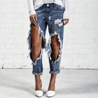 Edgy Ripped A pair of jeans
