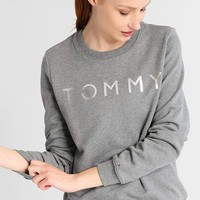 Tommy Hilfiger Women Fashion Long Sleeve Top Sweater Pullover Sweatshirt