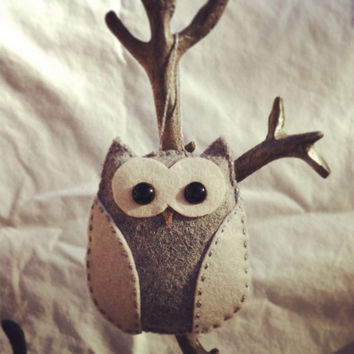 wool felt owl christmas ornament - grey