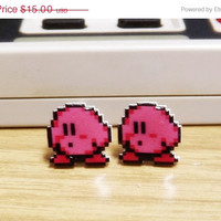 ON SALE: Kirby earrings - Video game jewelry - 8 bit pixel nintendo earrings