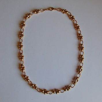 Vintage 17 inch Gold tone Oval link Necklace