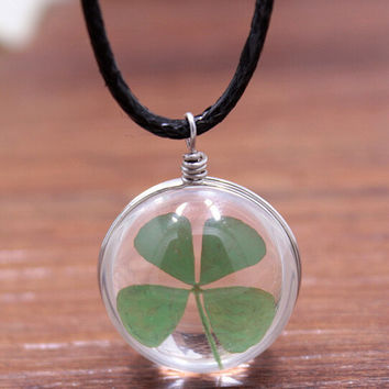 Vintage Style Handmade Clover Specimens Necklace Gift 132
