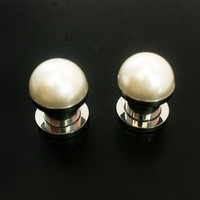 Pearl plugs / 0g & 00g / faux pearl jewelry / stainless steel plugs / wedding plugs / pearl gauges / screw on plugs / pearl body jewelry