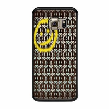 Smiley Sherlock Holmes In Wallpaper Wall Samsung Galaxy S6 Edge Case