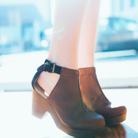 Free People Amber Orchard Clog -Chocolate