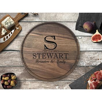Personalized Engraved Round Cutting Board, Walnut Wood - CB09