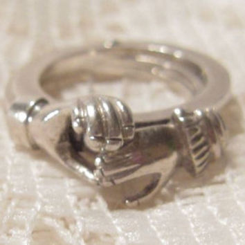 Sterling Silver Open Hands Holding Heart Gimmel Ring Size 4