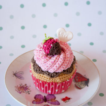 Amigurumi Cupcake, strawberry and chocolate. With optional gift box