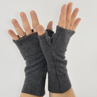 Men's Fingerless Mitts in Rock Grey Merino - Recycled Felted Wool