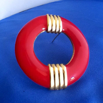 Red Enamel Brooch Nautical Gold Trim Circle Pin Vintage 1960's Fashion Jewelry Women Teens Tweens Girls Scarves Lapels