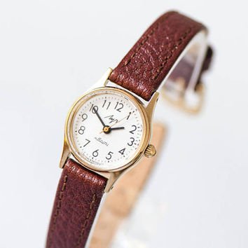 Lady's quartz watch Ray, classic women's watch gold shade, minimalist tiny watch her, watch simple for girl gift, genuine leather strap new