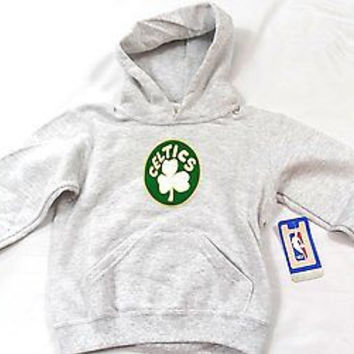Boston Celtics Majestic Pullover Hoodie Sweatshirt Youth Size 5/6 & 7