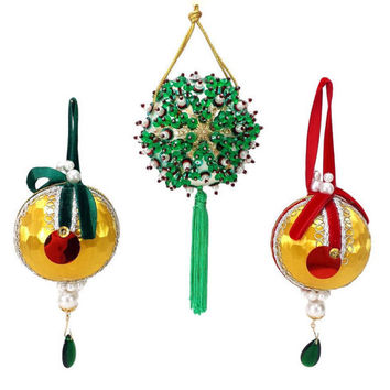 Vintage Christmas Ornaments Beaded Sequin Satin Ball Retro Homemade Holiday Tree Decorations Pearl Jewel Ribbon Tassel Gold Green Red