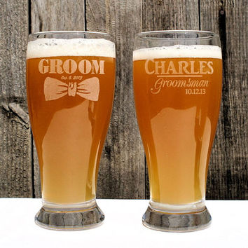 Groomsmen Beer Mug, 19.5 oz Laser Etched Pilsner for the Best Man Gift, Personalized Groomsmen Gift, Wedding Party Favors
