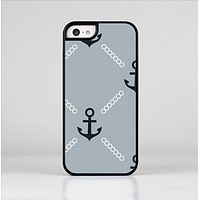 The Navy & Gray Vintage Solid Color Anchor Linked Skin-Sert for the Apple iPhone 5c Skin-Sert Case